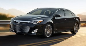 2015-Toyota-Avalon-Touring-Sport-Edition-0